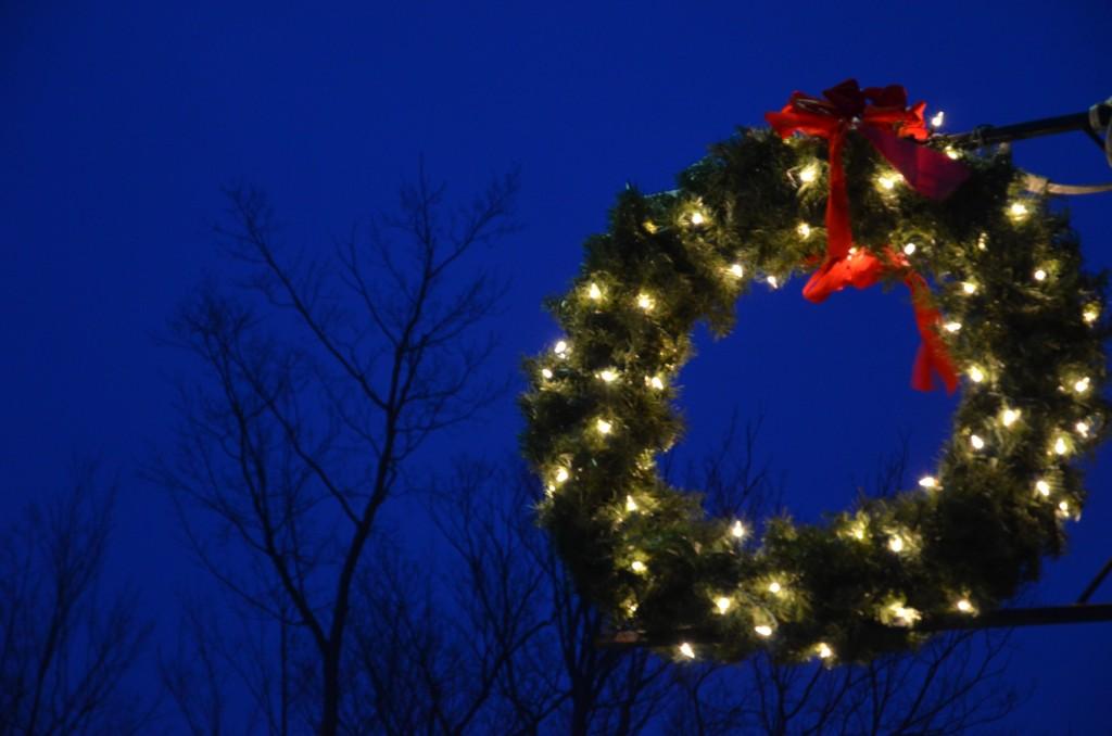 Christmas in Essex Village, illuminated wreath (photo credit Jill Piper)