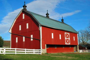 Why Are Barns Usually Red? (Credit: Mental Floss)