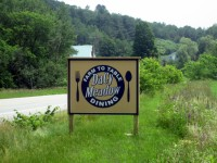 DaCy Meadow Farm Sign