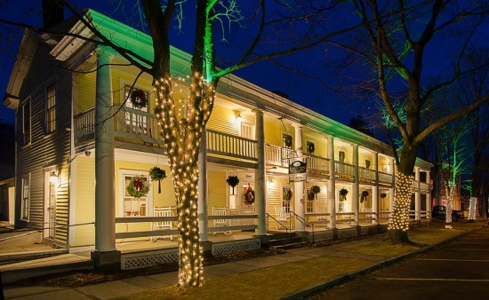 Essex Inn decorated for the holidays