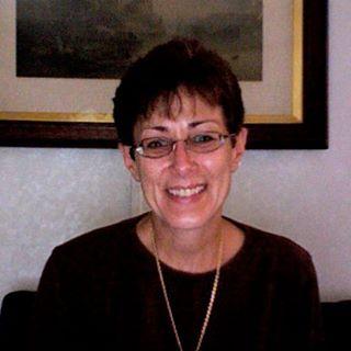 Cathy DeWolff