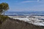 Overlooking the valley 2 (Credit: Catherine Seidenberg)