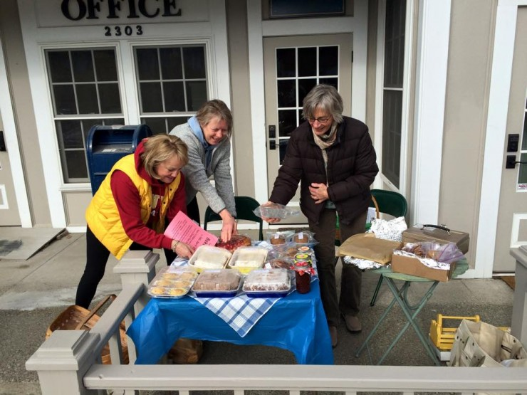 Lots of action and beauty at the Essex Beautification Committee bake sale in front of the Essex post office last Saturday. (Credit: George Davis)