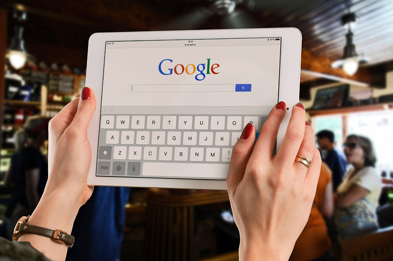 Mobile Overtakes PCs for Local Search