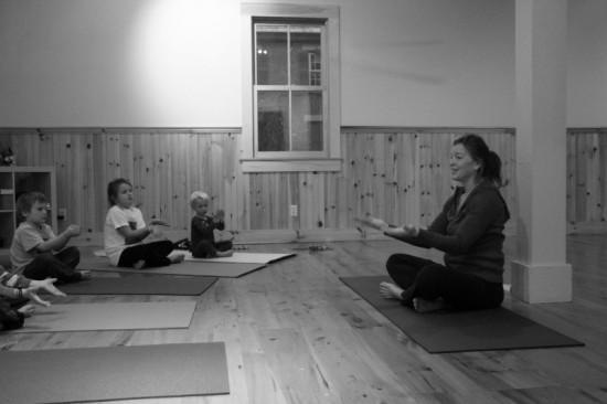 Robin Teaching Kids' Yoga at LCY&W