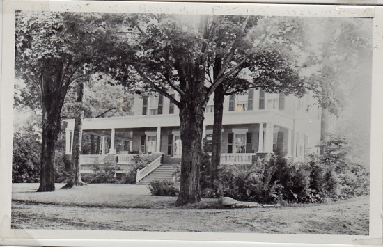 Sherwood Inn aka Rosslyn (Credit: Unknown; Shared by Susie Drinkwine)