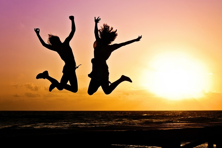 Silhouette Happy Jumpers (Credit: Pixabay)