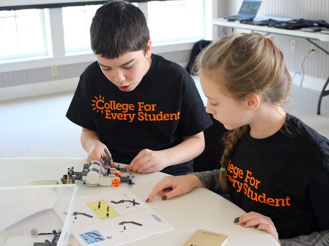 CFES - West Point Robotics Workshop for local students in Essex, NY (Credit: CFES)