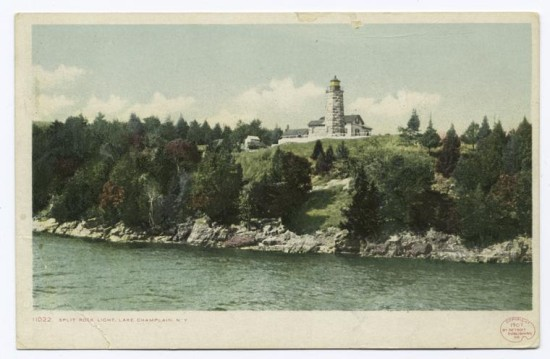 Vintage Postcard: Split Rock Lighthouse (Credit Unknown)