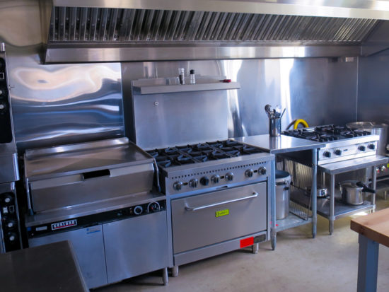 Hub on the Hill: stoves in collaborative kitchen (Source: virtualDavis)