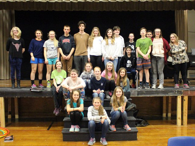 The cast of ANNIE JR at Westport Central School.