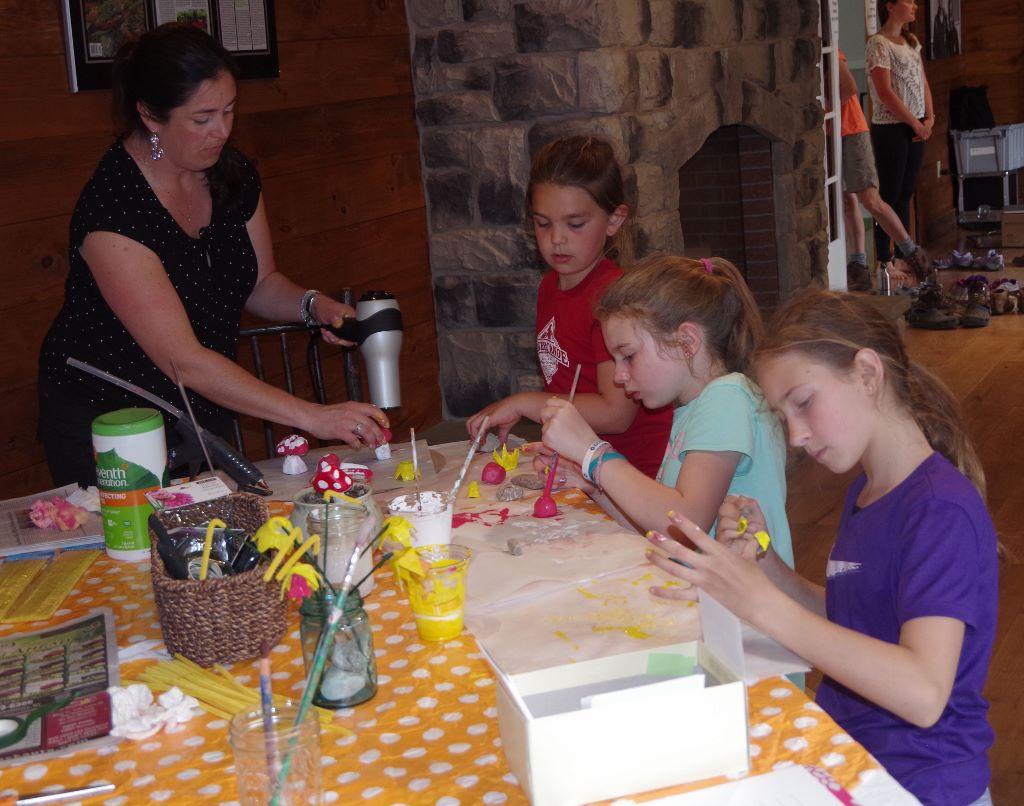 ECH Studio Kids' Arts & Crafts Table
