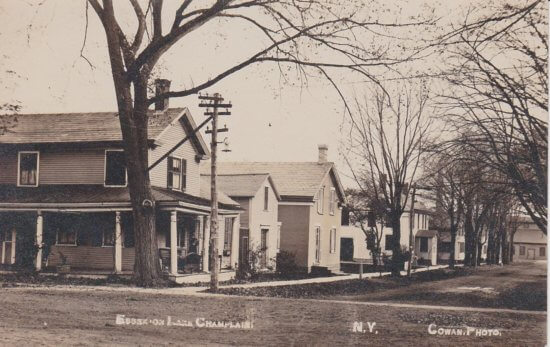 Vintage Postcard: Essex Street Scene