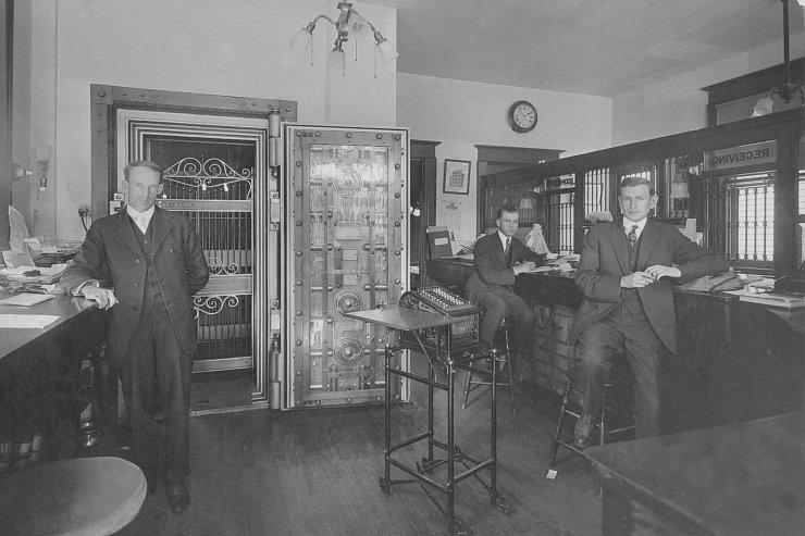 Lake Champlain National Bank - Alvin Burt Ralph Torrance Ralph Vaughan, 1916 (Source: Jacqueline Hallock)