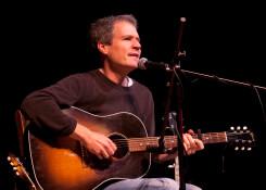 folk singer Dave Ruch